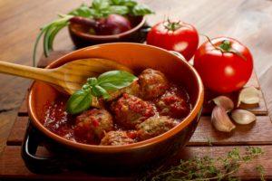 pulpety_w_sosie_pomidorowym_z_PASSATA_POMIDOROWA_JAMAR